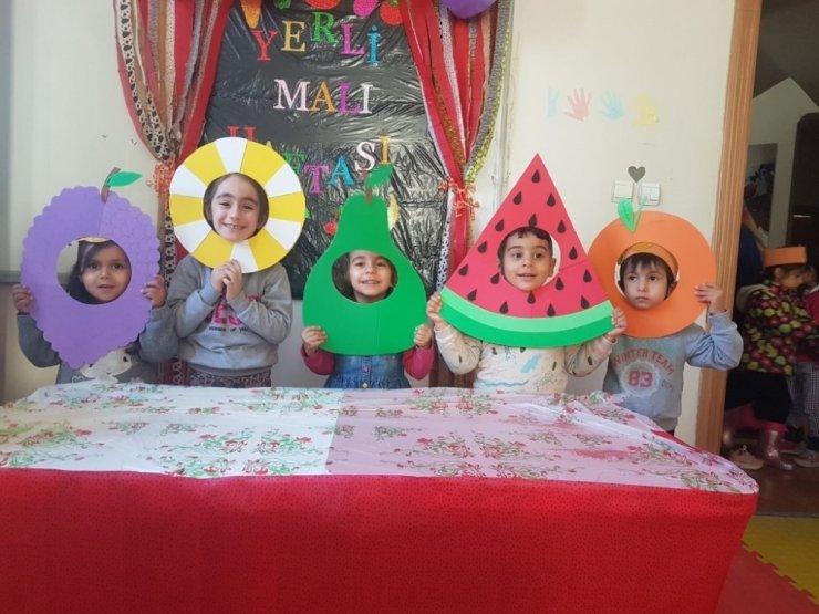 Minik öğrencilerden yerli malı haftası etkinliği