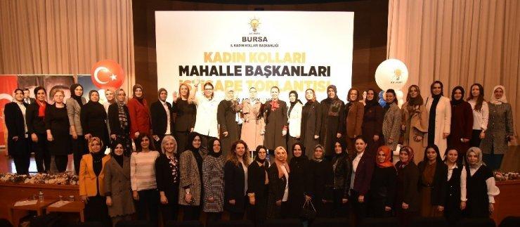 AK Parti kadın kolları buluştu