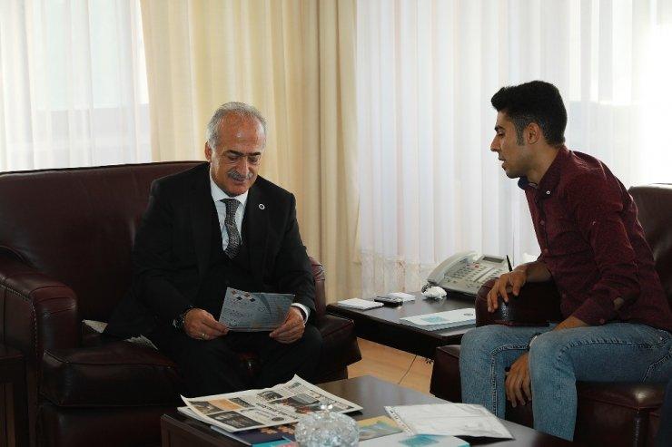 """Yemenli Öğrenciler: """"Atatürk Üniversitesinde olmaktan mutluyuz"""""""