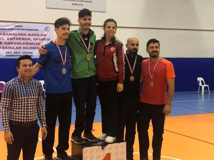 Badminton Türkiye Şampiyonası'nda Isparta rüzgarı