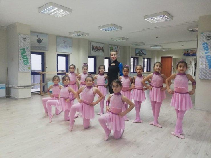 Geleceğin balet ve balerinleri yetişiyor