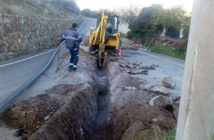 Bodrum Turgutreis'te içme suyu hattı yenilendi