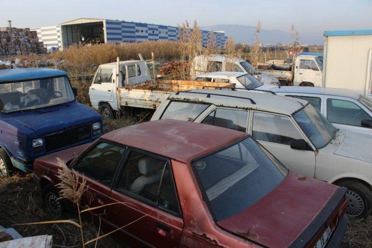 Karacabey'de hurda araçlara geçit yok