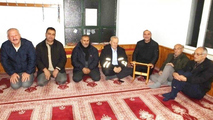 Burhaniye'de camilerde namaz öncesi sohbetleri ilgi gördü