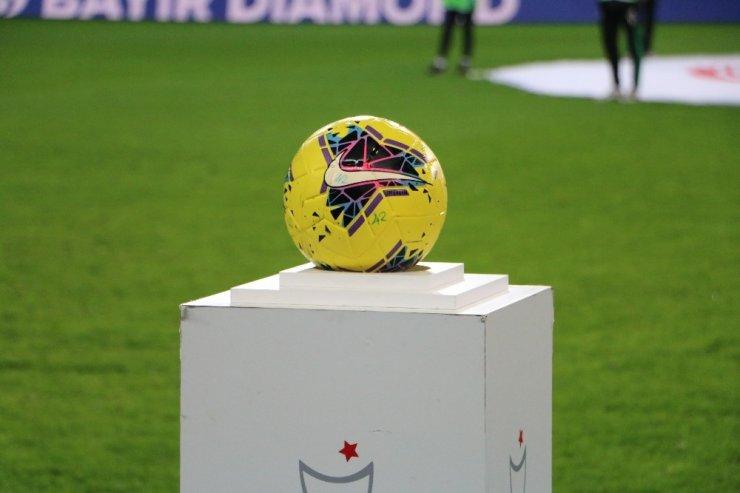 Süper Lig: Konyaspor: 0 - Trabzonspor: 0 (Maç devam ediyor)