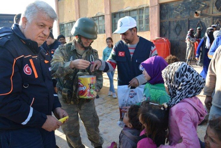 Suriyeliler güvenli bölgelere akın ediyor