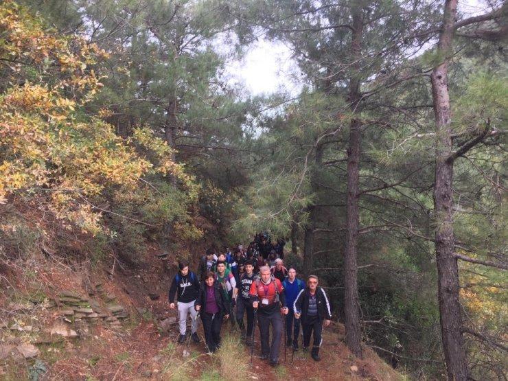 Turgutlulu dağcılardan Çıkrıkçı-Sivrice Tepesine tırmanış