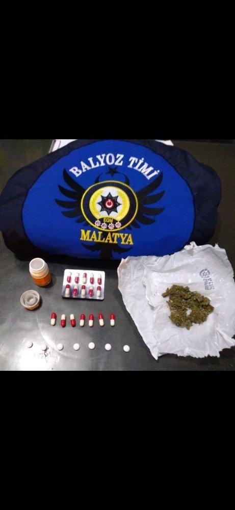 Uyuşturucu ve silah ele geçirildi