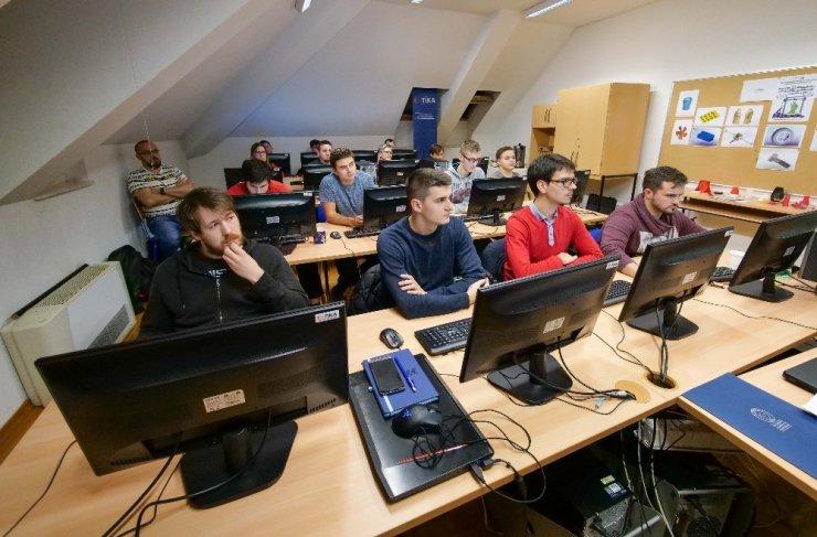 TİKA Hırvatistan'da milli ekipmanlarla 3D modelleme eğitimleri veriyor