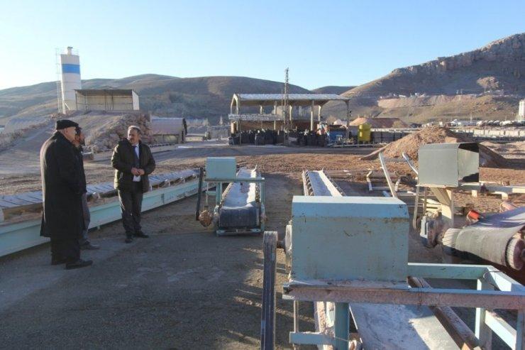 Bayburt Belediyesi konkasör tesisini taşıyor