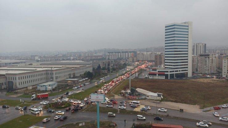 Bursa'da trafik resmen durdu
