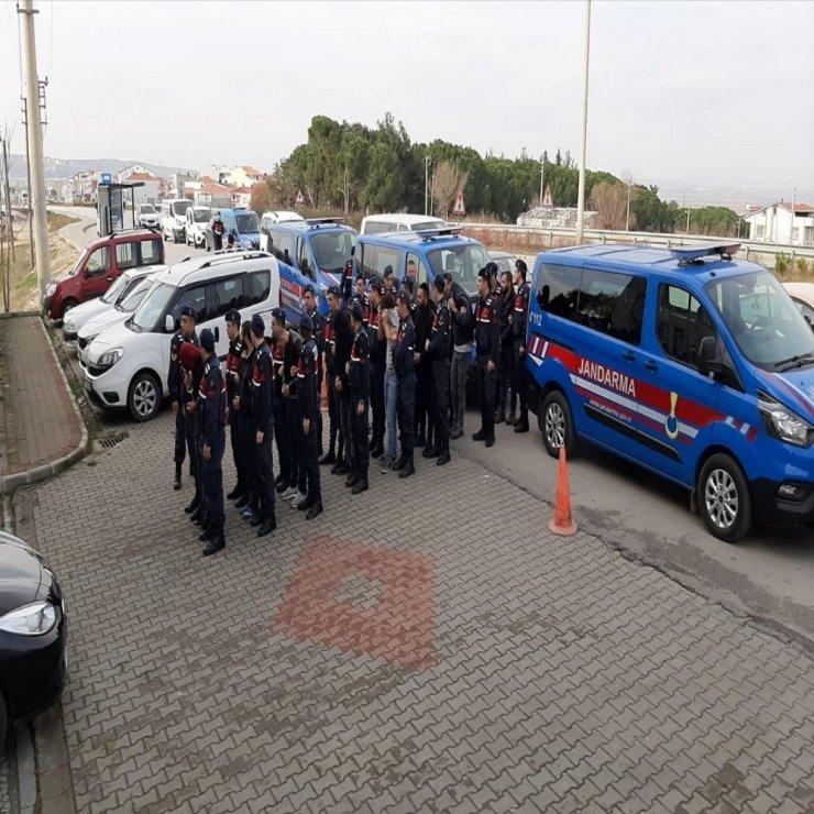 Çanakkale'de uyuşturucu operasyonu: 3 tutuklama