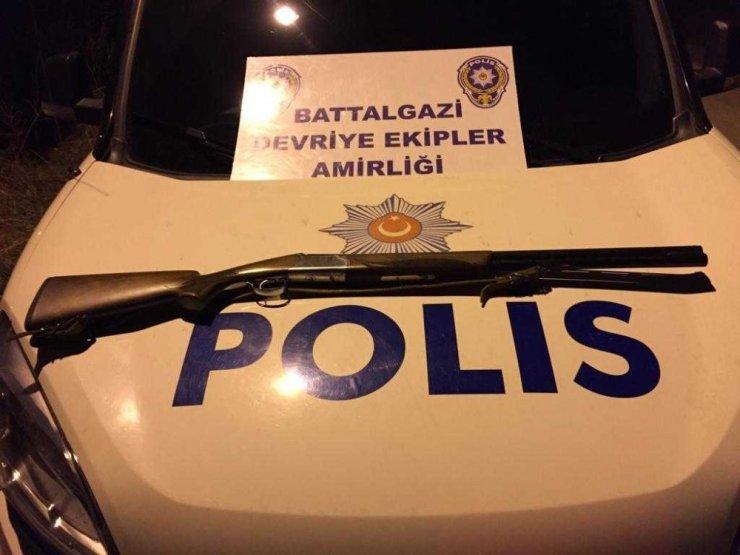 Malatya polisinden şok uygulama: 4 gözaltı