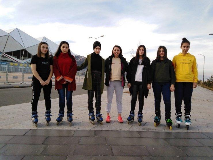Trabzon Paten Kulübü yarı maratona hazırlanıyor