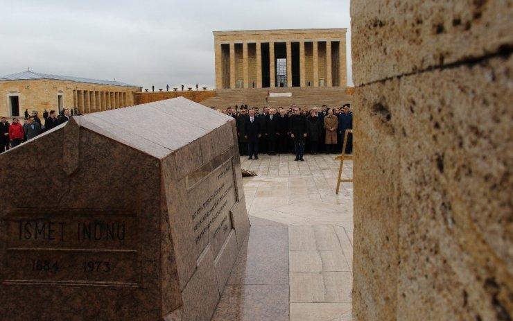İsmet İnönü ölümünün 46. yılında mezarı başında anıldı