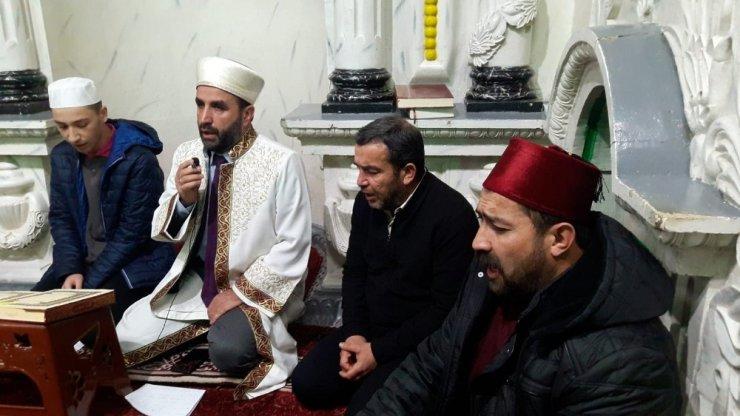 Gürün'de okul cami buluşması