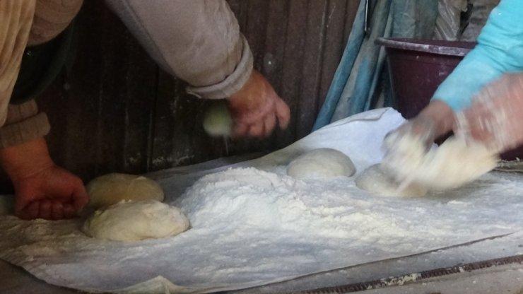 Kırsaldaki kadınların ekmek telaşı