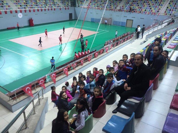 TSYD'nin İçişleri Bakanlığı ile Gençlik ve Spor İl Müdürlüğü desteğiyle yaptığı proje tamamlandı