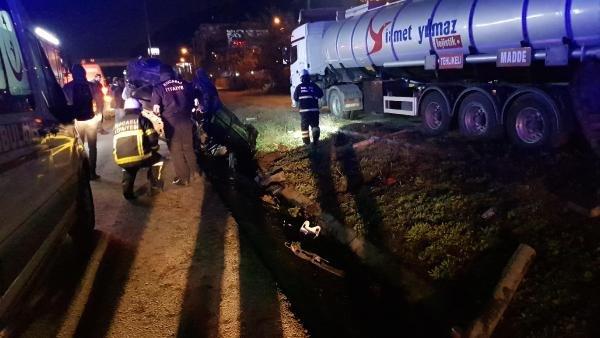 Otomobil ve tankere çarpan araç takla attı: 1 ölü, 2 yaralı