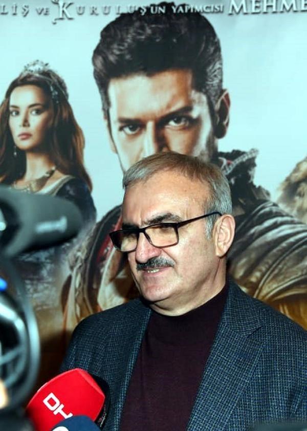 Antalya Valisi ve protokolü 'Türkler Geliyor' filmini izledi
