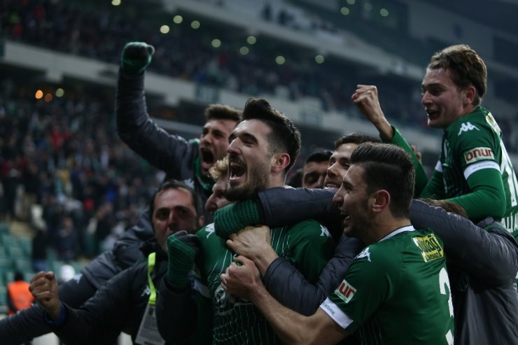 Bursaspor uatmalarda 9 puan aldı