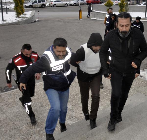Hastane önüne yaralı bırakılan kişi öldü; 2 gözaltı