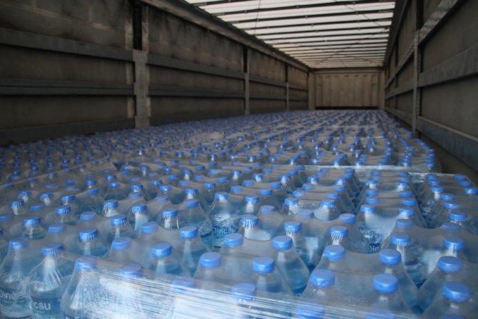 Kütahya'dan deprem bölgesine 25 ton içme suyu