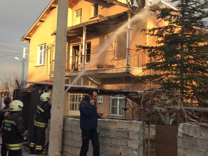 Evde çıkan yangında 1 kişi öldü