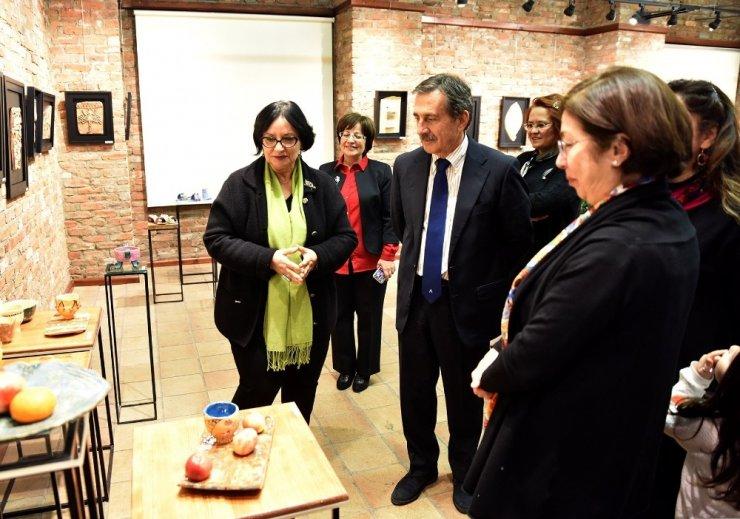 "Başkan Ataç'tan ""Gynaika; Toprak - Aşk - Bereket"" sergisine ziyaret"
