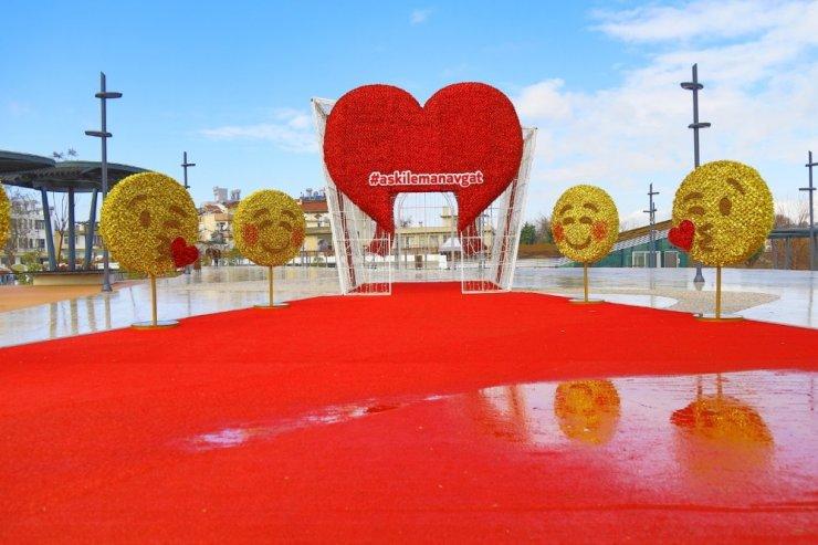 Manavgat'a 14 Şubat'ta emojili kalpli çekim noktası