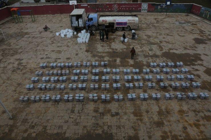 İdliblilerin barındığı çadırlar havadan görüntülendi