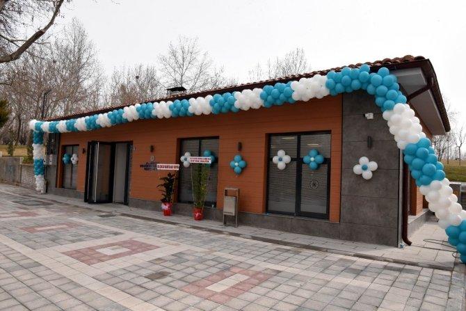 Selçuklu'da Malazgirt Mahallesi Emekliler Lokali ve Muhtarlık Ofisi açıldı
