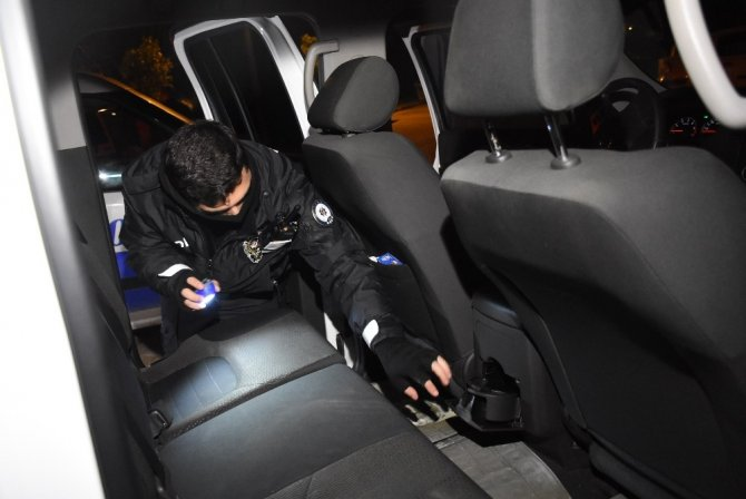 """Polis aracına çarpan sürücü yakalanınca"""" kusura bakmayın"""" dedi"""