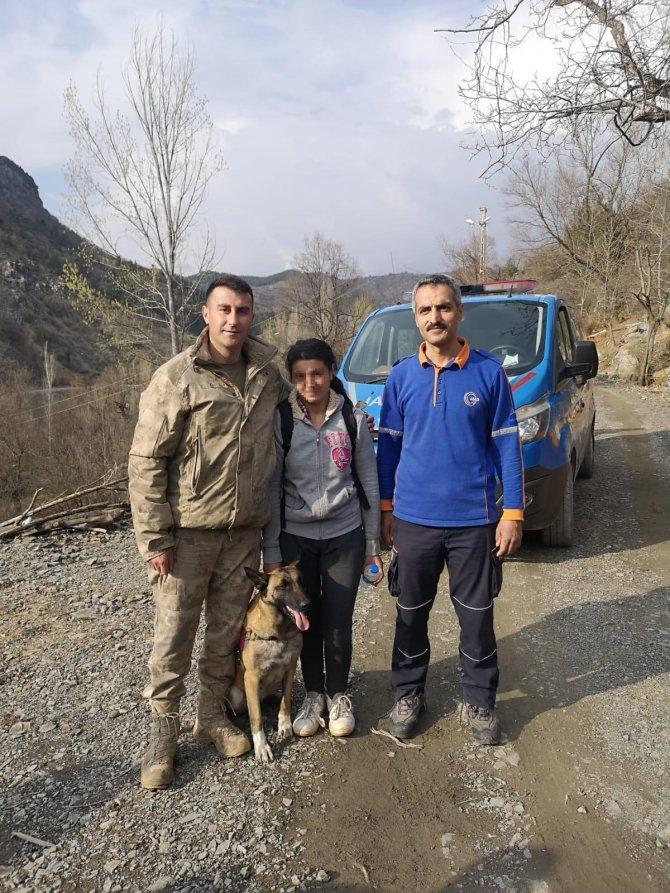 Kaybolan engelli genç kız, evinden 6 kilometre uzakta bulundu