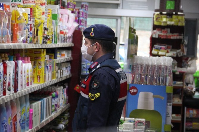 Jandarmadan marketlerde korona virüs denetimi