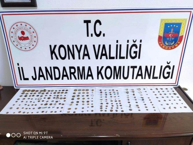 Konya'da 216 parça tarihi eser ele geçirildi
