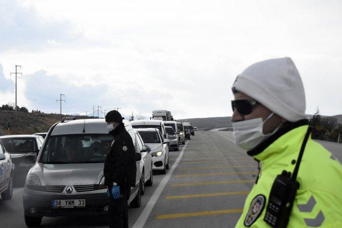 Konya'ya gelenlere 14 gün evde karantina uyarısı