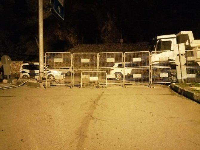 Borçka'da gece yarısı itibariyle karantina uygulaması başladı