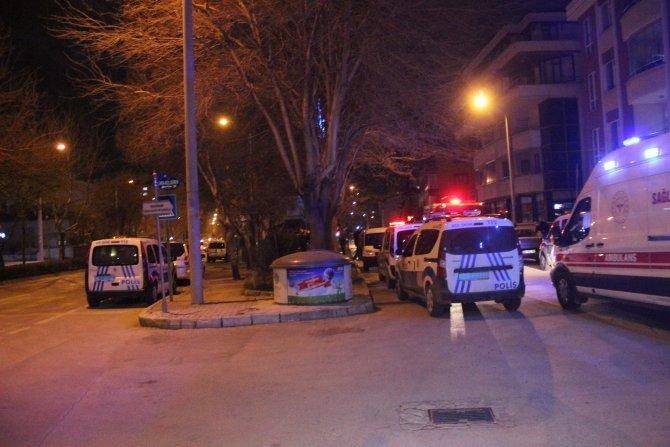 Konya'da gece vakti flaş olay! Annesini rehin aldı, evini yaktı