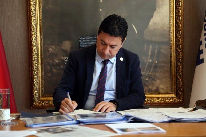 Başkan Aras'tan Yunan belediye başkanlarına anlamlı mesaj