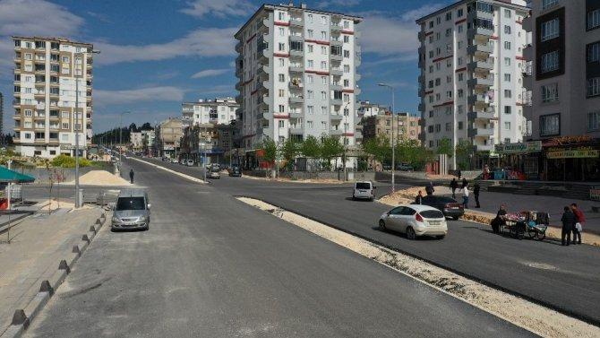 Büyükşehir, sakinleşen caddelerde çalışmalara başlıyor