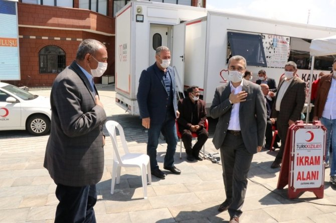 Edremit Belediyesinden anlamlı kan bağışı