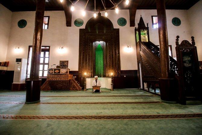 Konya'da tarihi Seyyid Harun Veli Camisi'nde sessizlik