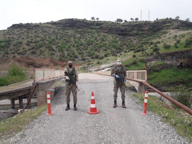Jandarma korona virüs denetimlerini sürdürüyor