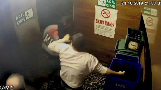 Bir kişinin öldüğü tabancaların kullanıldığı kavga kamerada