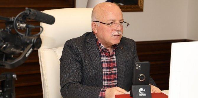 Başkan Sekmen'den sosyal medyada dijital halk günü buluşması