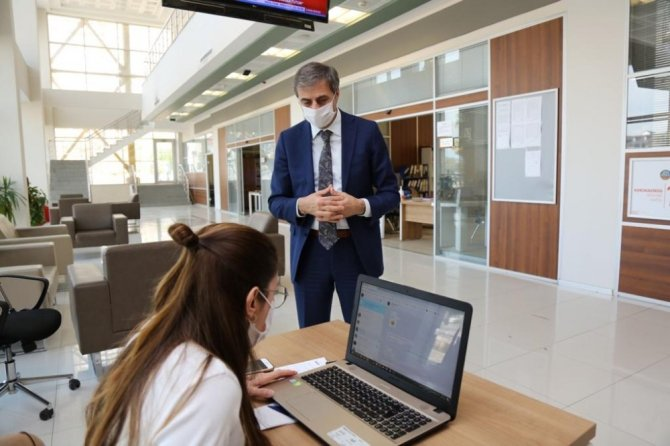 Serdivan Belediyesi 72 saatte 4 bin 499 kişiye ulaştılar