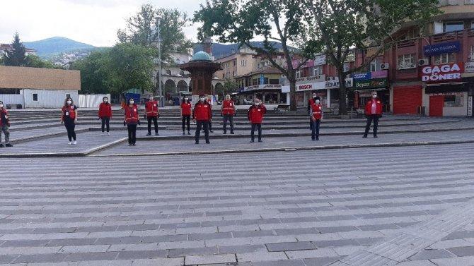 Türk Kızılay Bursa Şubesi, ramazanın bereketini paylaşmaya devam ediyor