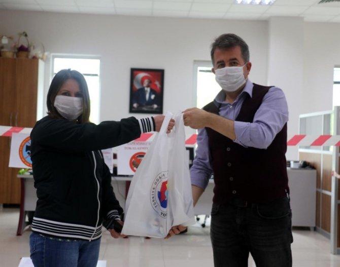 Sanayi işçileri ve kamu çalışanları için 120 bin maske dağıtıldı