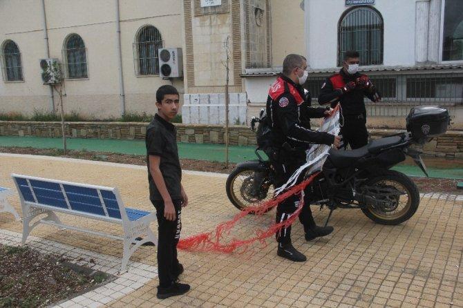 Uçurtma yasağını delenler drone ile belirlenip yakalandı